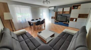 Sprzedam 4-pokojowe mieszkanie -72 m2 Siedlce , Bieszczadzka